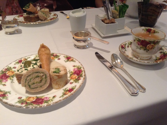 A few minutes after the tea was served: these amazing finger sandwiches. Smoked salmon, goat cheese, cucumber, oh my!
