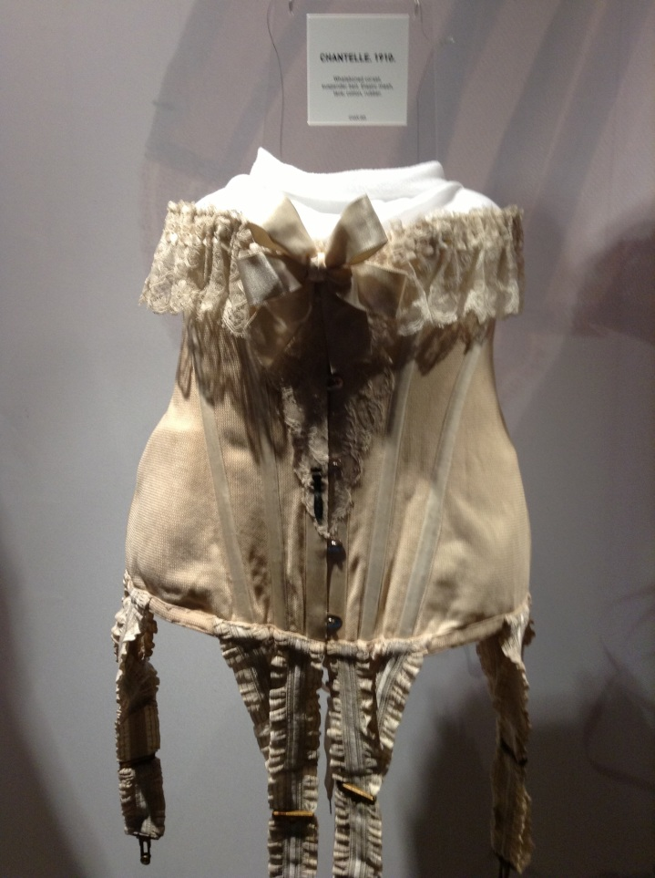 corset french lingerie champagnemoods.com.jpg